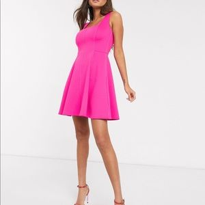 Ted Baker Lohanna dress in hot pink size 5 or XL